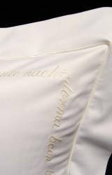 Christian-Fischbacher-Bettwäsche-Luxury-Nights-Sweet-Dreams-creme-weiß-Satin