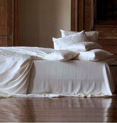 fischbacher bettw sche christian fischbacher exklusive. Black Bedroom Furniture Sets. Home Design Ideas