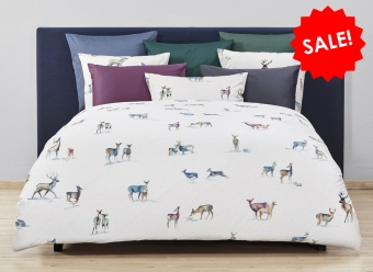 Christian-Fischbacher-Bettwäsche-Its-snowing-my-deer-Satin-weiß