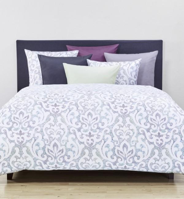 christian fischbacher neue kollektion herbst winter 2017. Black Bedroom Furniture Sets. Home Design Ideas