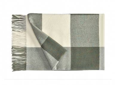 Vorschaubild christian-fischbacher-plaid-carre alpaka gruen