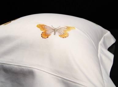 Vorschaubild christian fischbacher bettwaesche luxury nights butterfly satin
