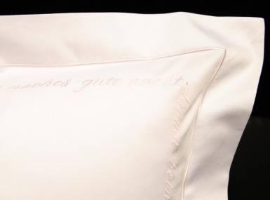 Vorschaubild christian fischbacher bettwaesche luxury nights sweet dreams satin rosa